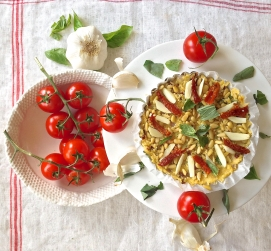 Polenta pizza with tomato