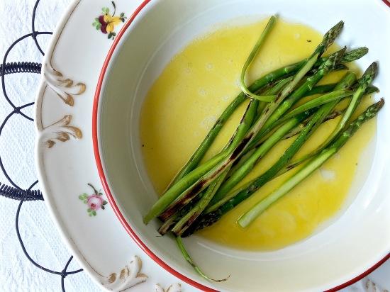 Green asparagus marinating