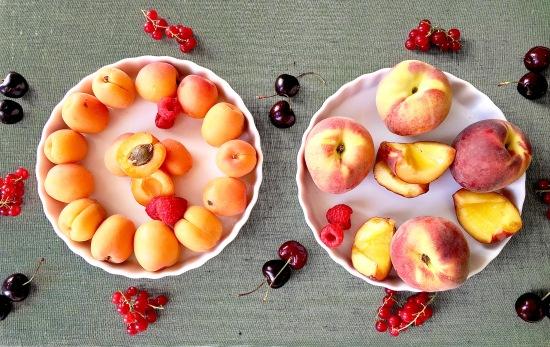 Baked fruits-still life