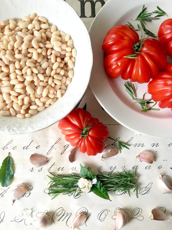 Cannellini beans and herbs closeup